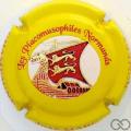 Champagne capsule 44.d Contour jaune