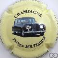 Champagne capsule 14.j 5/6 3ème série Voiture 2007 fond crème avec strass à l'empacement des phares
