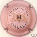Champagne capsule 12.b Fond rosé, barre or sous l'écusson