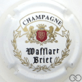 Champagne capsule 2 Blanc, blason rouge