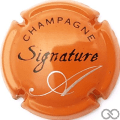 Champagne capsule 9 Signature, fond orange