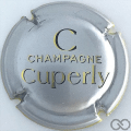 Champagne capsule 10 Fond argent, grand C