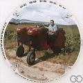 Champagne capsule 4 Tracteur de côté
