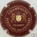 Champagne capsule 3.a Bordeaux foncé, striée or large, écusson crème