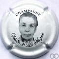 Champagne capsule 2 Portrait femme